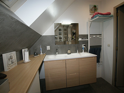 Salle bain adolescents vasque renovation Atelier Goreti